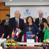 USTH signed cooperative agreement with CNES