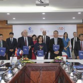USTH signed MoU for the establishment of International Joint Lab LOTUS