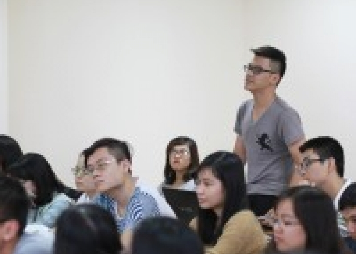 YES workshop marks first activity of USTH Alumni Association