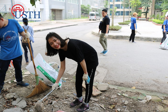 Sự kiện Clean up challenge của USTH